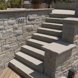 Granit Blockstufen Griys 18 x 45 cm geflammt Sonderanfertigung mit Radius
