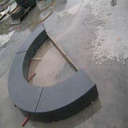 Granit-Blockstufen Griys Hellgrau 18 x 45 cm 60 cm lang