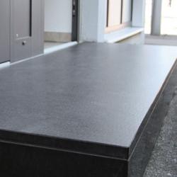 Granit Mauersteine Griys grau 20 cm hoch