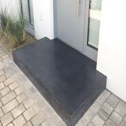 Legstufen aus Basalt Schwarz geflammt und gefast 6 cm stark 30 cm breit  150 cm lang