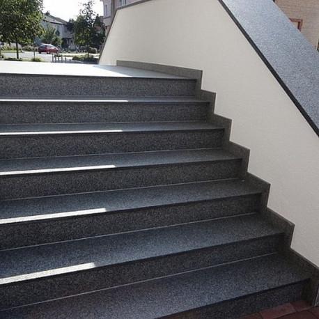 Granit Mauersteine Griys hellgrau gespalten 30 cm hoch grobkörnig