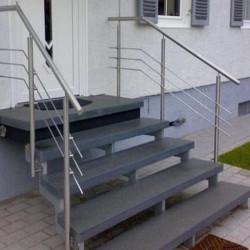 Granit Mauersteine Griys hellgrau gespalten 30 cm hoch freie Längen