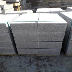 Sandstein Pflaster Mapula rot gespalten im Big Bag