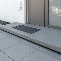 Gesägte Granit Mauersteine Griys grau 50 cm hoch Detail