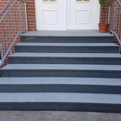 Granit Schlossmauersteine Griys grau 4 Seiten gesägt 15 cm Tief
