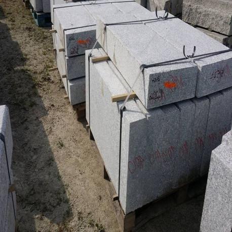 Granit Pfosten Hellgrau 25 x 25 cm 300 cm