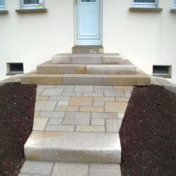 Sandstein Terrassenplatten Gobi Gelb 3 cm sandgestrahlt Detail