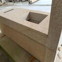 200 cm langer Granit Sichtschutz Griys hellgrau 10 x 50 cm