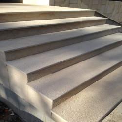 Granit Pfosten Griys hellgrau 15 x 15 cm gesägt und geflammt Sonderanfertigung