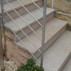 Granit Schotter Griys Hellgrau in Big Bag eingebaut