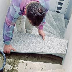 Massive Granit Zaunpfosten Griys hellgrau 30 x 30 cm gesägt und geflammt  Ranchpfosten Sondergrößen