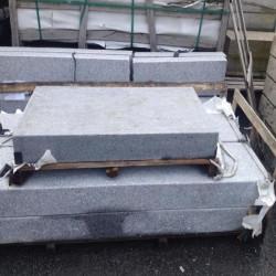 Granit Palisaden grau 10 x 25 cm