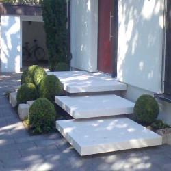 Granit Pflaster Raudona Rot gespalten gerumpelt