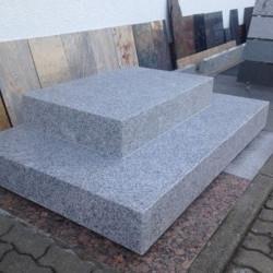 Granit Pflaster Steine Kyrill gespalten
